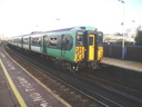 455812 - 30-10-04 - Clapham Junction