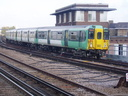 455831 - 30-10-04 - Clapham Junction