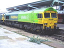 66522 East London Express - 12-12-04 - Rugby