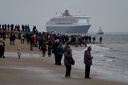 Queen Mary 2 - 25-5-15 - River Mersey, New Brighton (2)